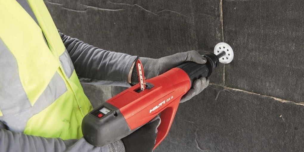 DX 5 power-actuate tool for overhead fastening